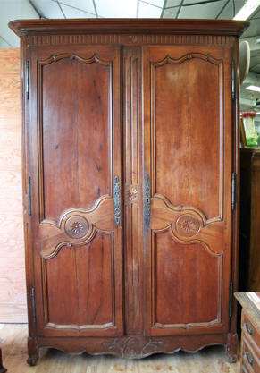 gallery of armoire ancienne me uac with comment relooker. Black Bedroom Furniture Sets. Home Design Ideas