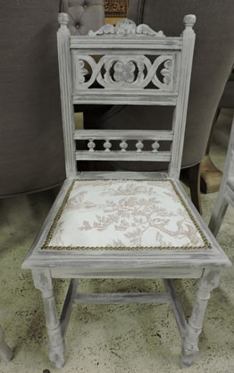 chaise ancienne relook e 45 pi ce. Black Bedroom Furniture Sets. Home Design Ideas