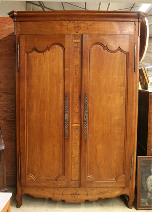 le bon coin armoire ancienne occasion. Black Bedroom Furniture Sets. Home Design Ideas
