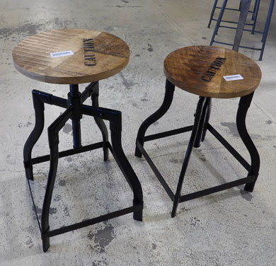 tabouret de bar industriel pas cher elegant cool tabouret. Black Bedroom Furniture Sets. Home Design Ideas