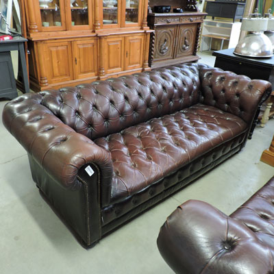 Les meubles occasion for Canape chesterfield occasion