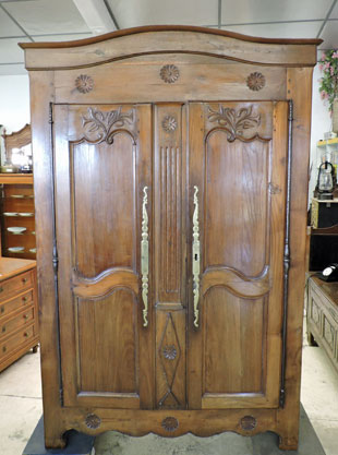 best armoire me chtaignier uac vendu with armoire ancienne relooke. Black Bedroom Furniture Sets. Home Design Ideas