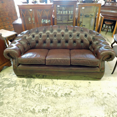 Les meubles occasion for Canape chesterfield cuir occasion