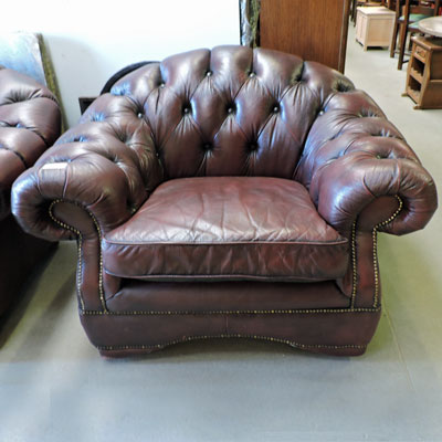 Les meubles occasion - Fauteuil chesterfield cuir occasion ...