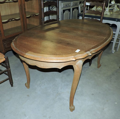 Les meubles occasion - Table monastere relookee ...